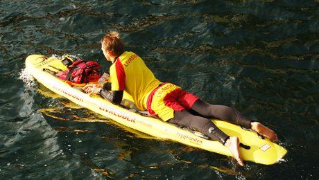 沙灘救生員課程